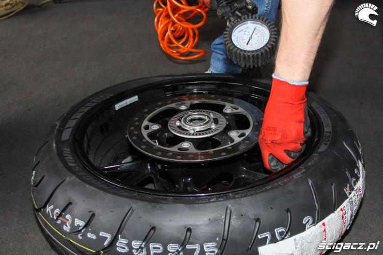 pompowanie Bridgestone T30 Scigacz pl