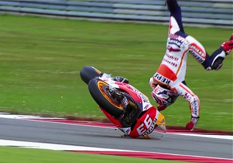 Marquez Hitting the Apex 2015