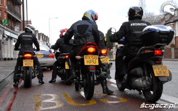 Motocykle moga wjezdzac na buspassy