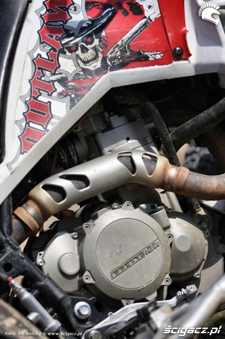 Polaris Outlaw 450 silnik KTM