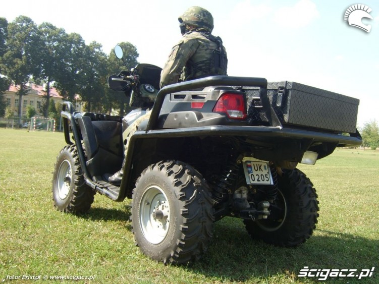 Quady w wojsku polaris xp2 800 tyl