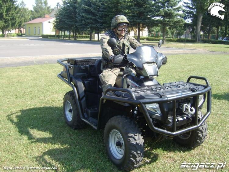Quady w wojsku quad polaris 800