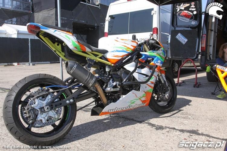 Motocykl Stunt Intercars Motor Show