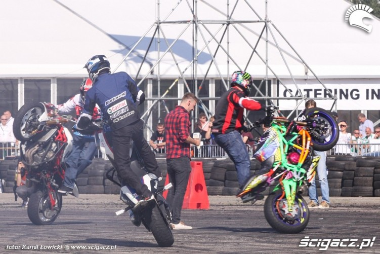 Stunter13 Raptowny Beku Intercars Motor Show