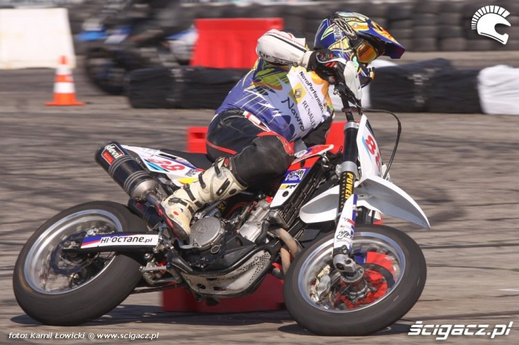 Wyscig Supermoto Intercars Motor Show