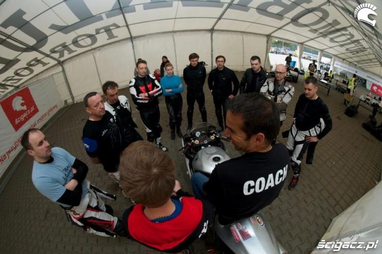 Cwiczenia California Superbike School