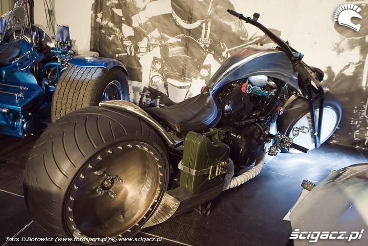 custom wystawa motocykli warszawa 2009 a mg 0197