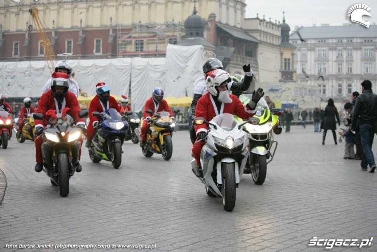 machanie do przechodniow motomikolaje krakow 2009