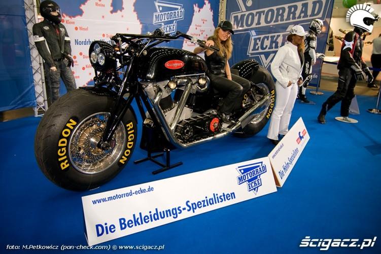 gunbus monster motocykl