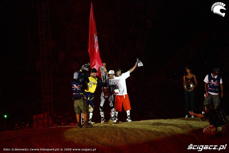 czerwoni redbull x-fighters 2008 warsaw supersession