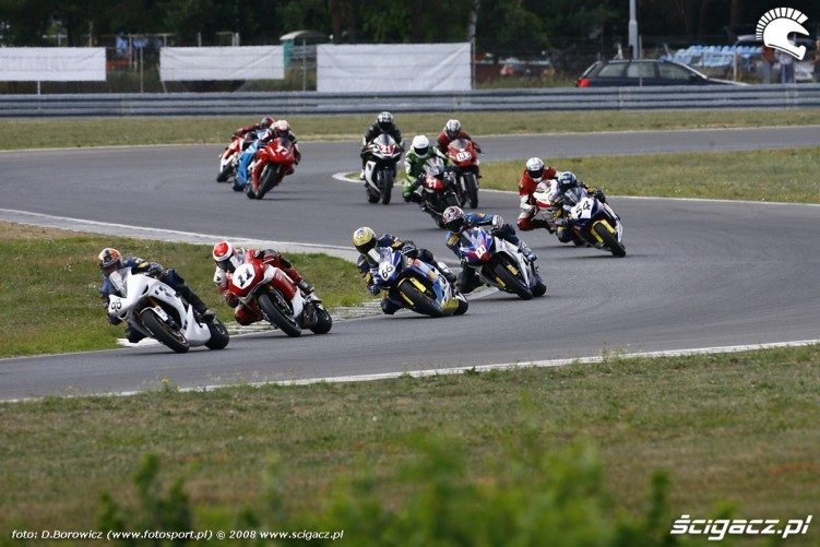 start superstock 1000 superbike vi runda wmmp poznan 2008 l mg 0209