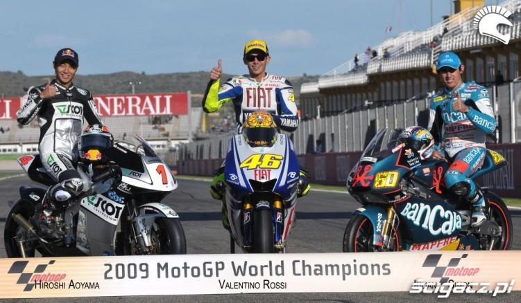 01) Mistrzowie swiata 2009 Hiroshi Aoyama (kl250cc) Valent