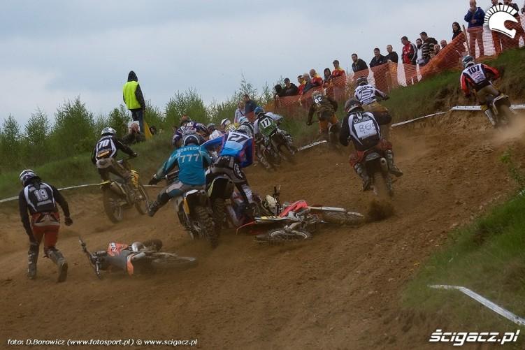 gleba na starcie motocross olsztyn 2010
