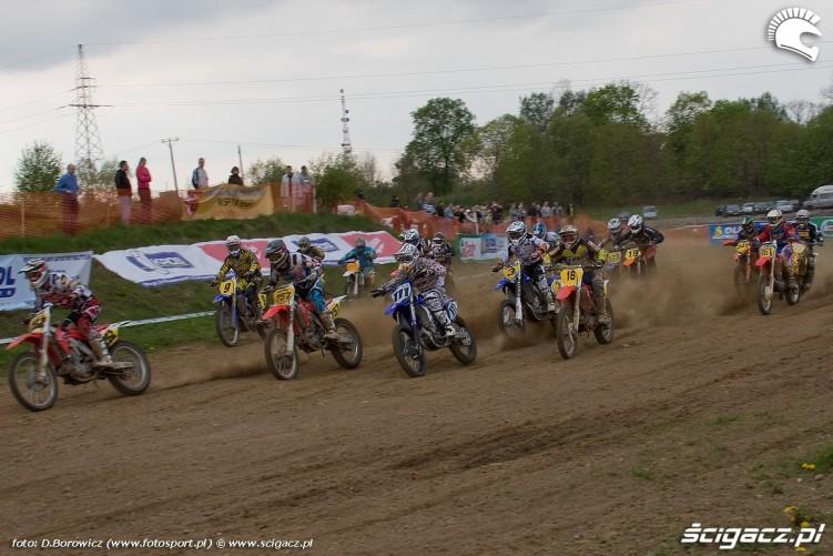 start zawodnikow mx1 motocross olsztyn 2010