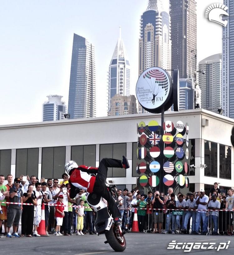 Blindside Ralph loui Dubaj stunt show