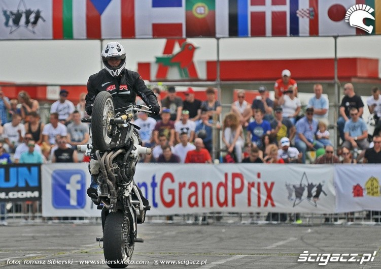Stunt GP 2014 wheelie
