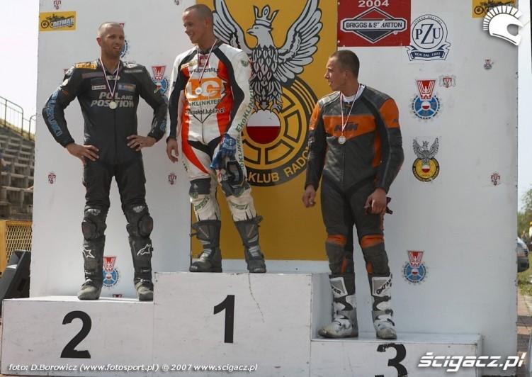 podium s2 wyscig b mg 0183