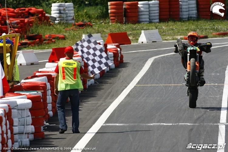 meta guma radom supermoto motocykle lipiec 2008 c mg 0039