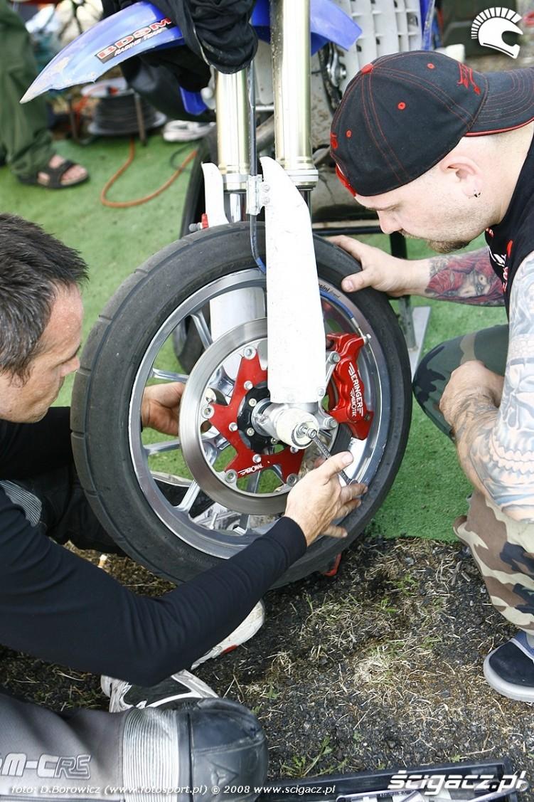 montaz crashpadow radom supermoto motocykle lipiec 2008 c mg 0310