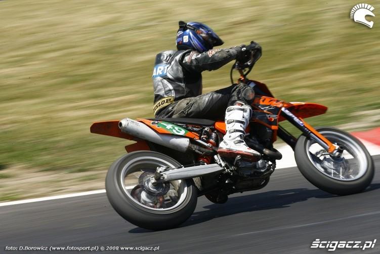 nawrodzki radom supermoto motocykle lipiec 2008 b mg 0176