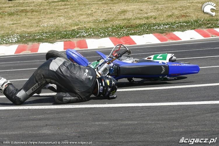 wypadek jaro radom supermoto motocykle lipiec 2008 a mg 0022