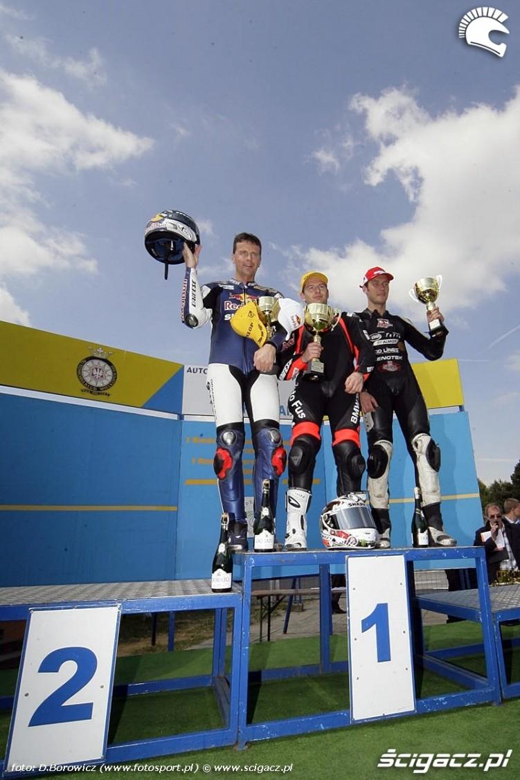 superstock 1000 podium niedziela poznan wmmp 2011