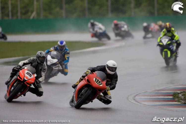 start superbike brno wmmp 2010 o mg 0003