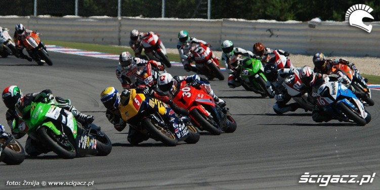 Wyscig Superstock1000 Brno