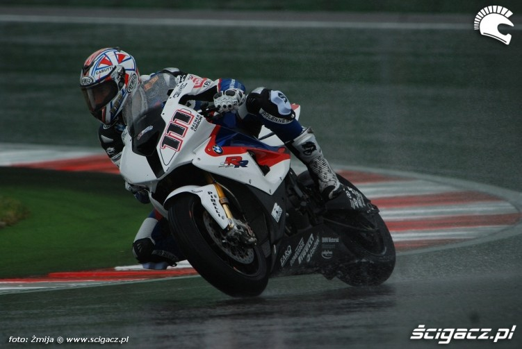 Xaus Ruben wet race Misano photo