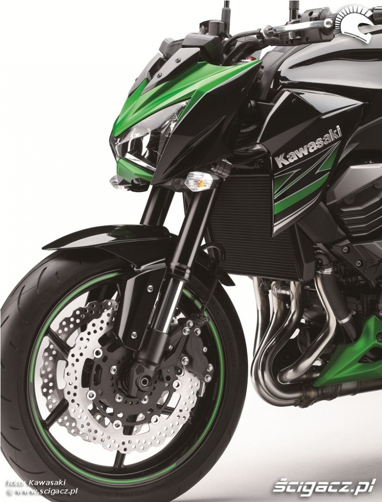 Kawasaki Z800 2013 agresor