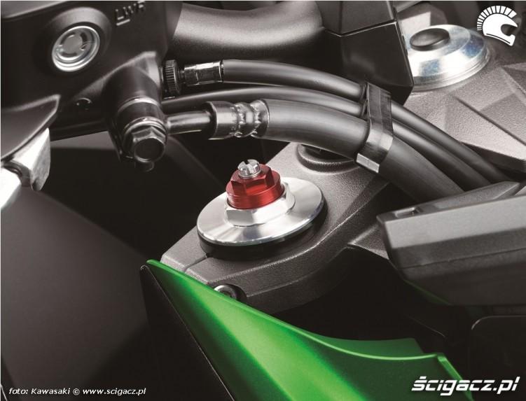 Kawasaki Z800 2013 przewody hamulcowe