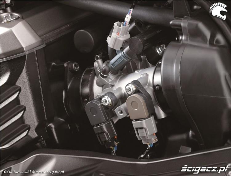 Kawasaki Z800 2013 wtrysk