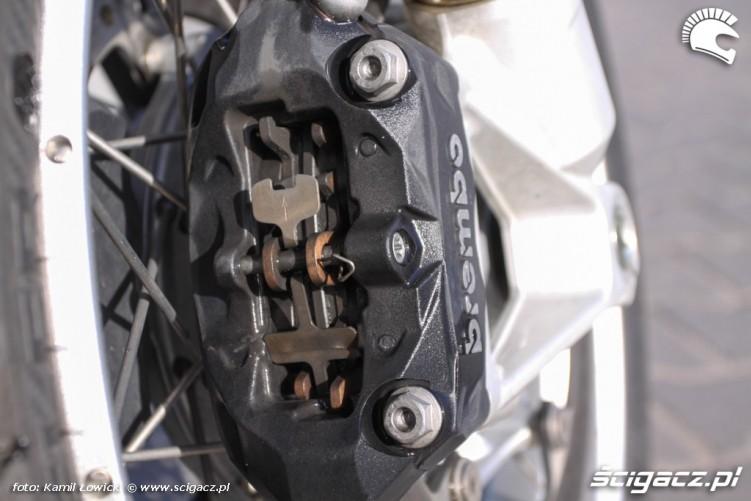 zacisk przod BMW R1200GS