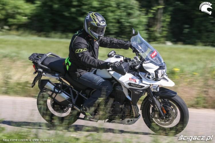 jazda na Triumph Explorer XD
