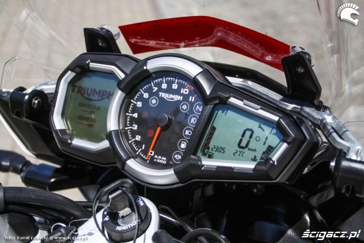 licznik Triumph Explorer XD