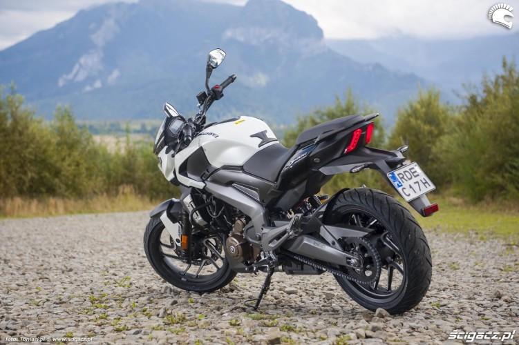 dominar 400 bajaj motocykl z indii