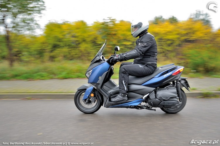 Yamaha X MAX 400 2018 45