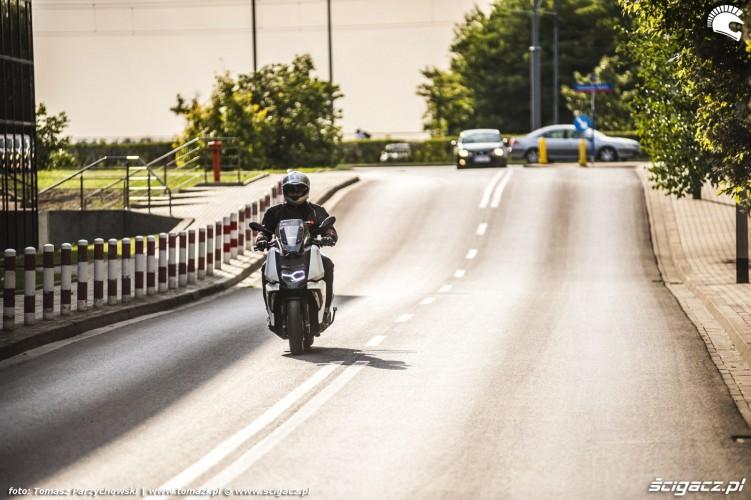 BMW C 400 X test 2019 05