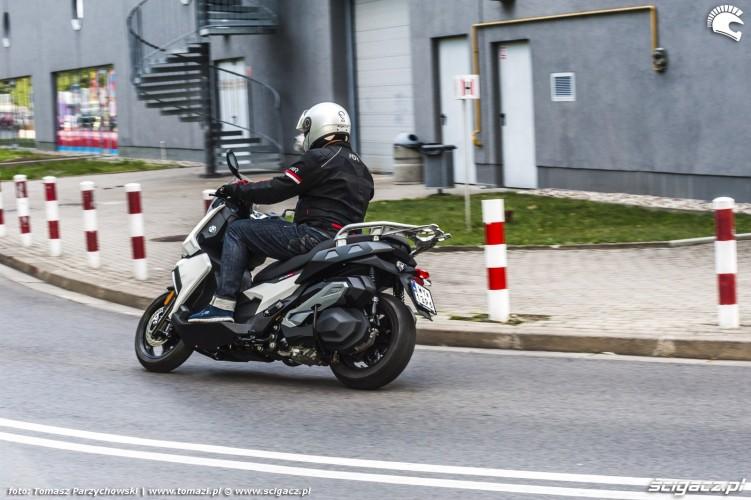 BMW C 400 X test 2019 06
