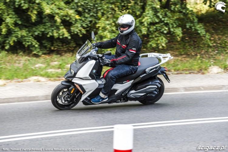 BMW C 400 X test 2019 07