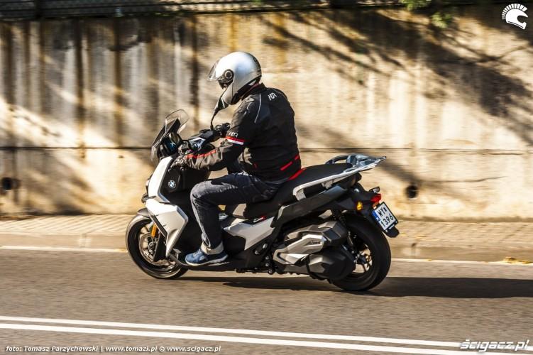 BMW C 400 X test 2019 09