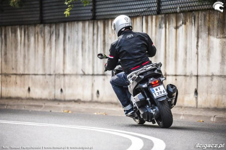 BMW C 400 X test 2019 14