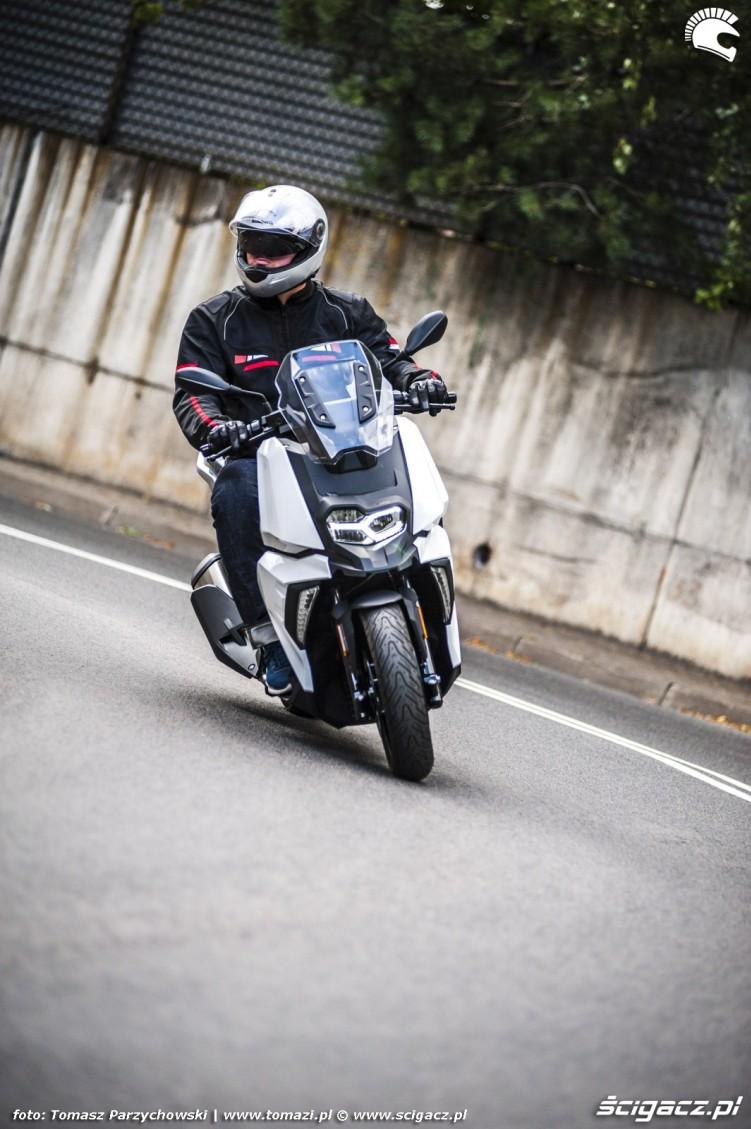 BMW C 400 X test 2019 15