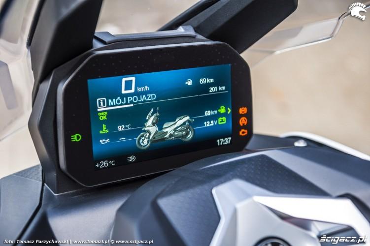 BMW C 400 X test 2019 21