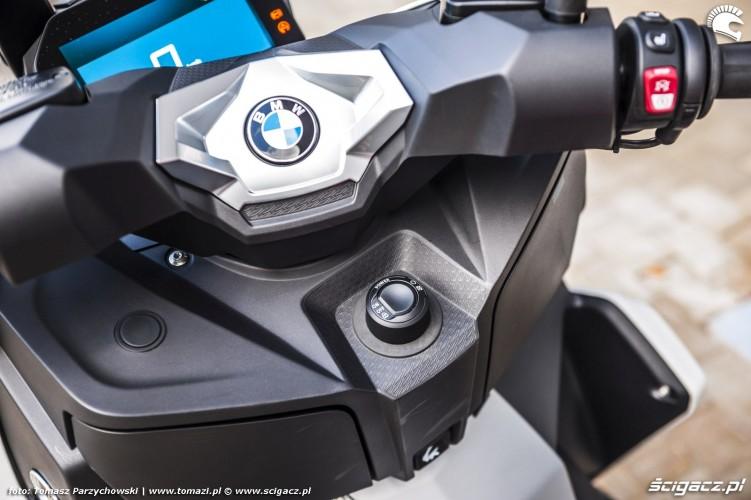 BMW C 400 X test 2019 28