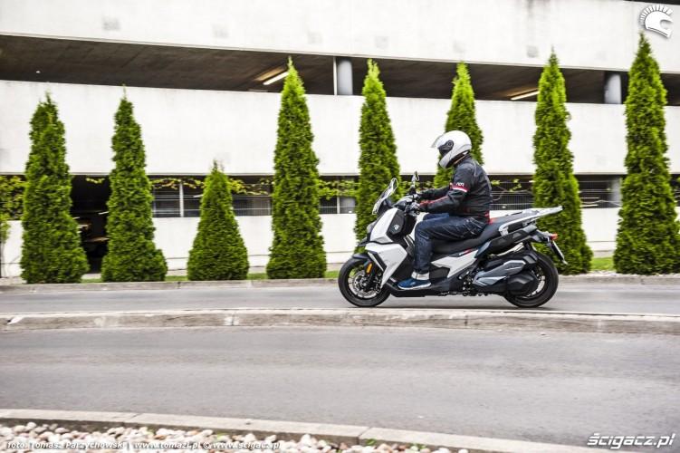 BMW C 400 X test 2019 34