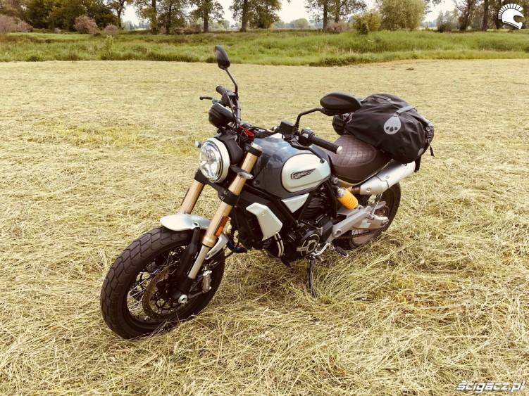 Ducati Scrambler 1100 09