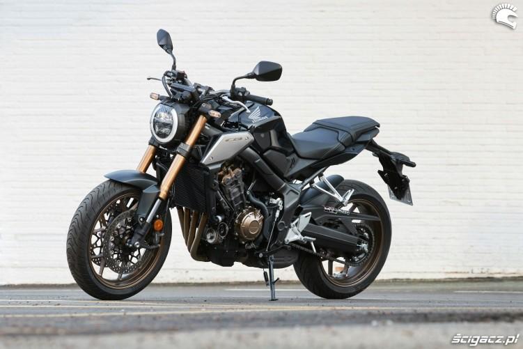 Honda CB650R 2019 statyka 09