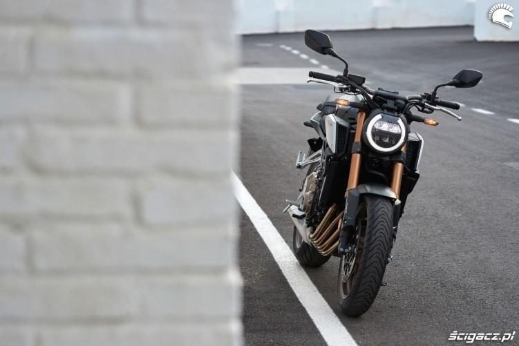 Honda CB650R 2019 statyka 19