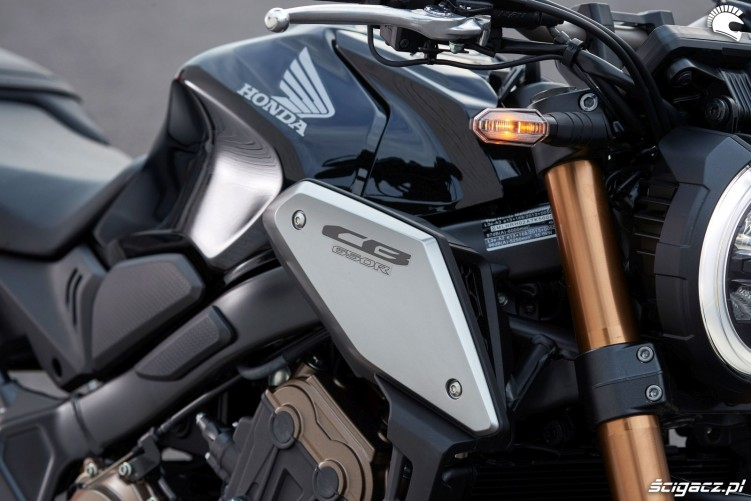 Honda CB650R 2019 statyka 20